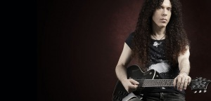 Marty Friedman powraca do gitar Jackson