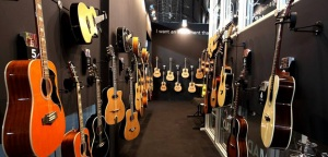 MESSE2014: 55-lecie EKO Guitars  i QuikLok