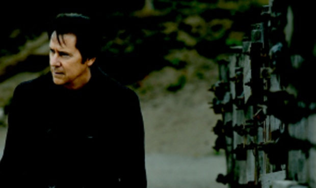 "Shakin' Stevens zapowiada nowy album ""Fire In The Blood"""