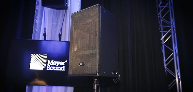 ULTRA-X - nowy point source od Meyer Sound