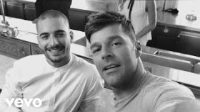 Ricky Martin - Vente Pa' Ca (Official Video) ft. Maluma