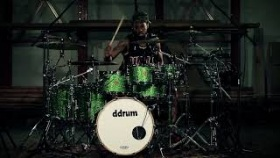 Dios Maple in emerald green sparkle