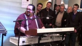 Joey DeFrancesco Play Studiologic Numa Piano And Numa Organ with incredible speed!